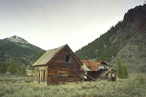 Click to visit this ghost town
